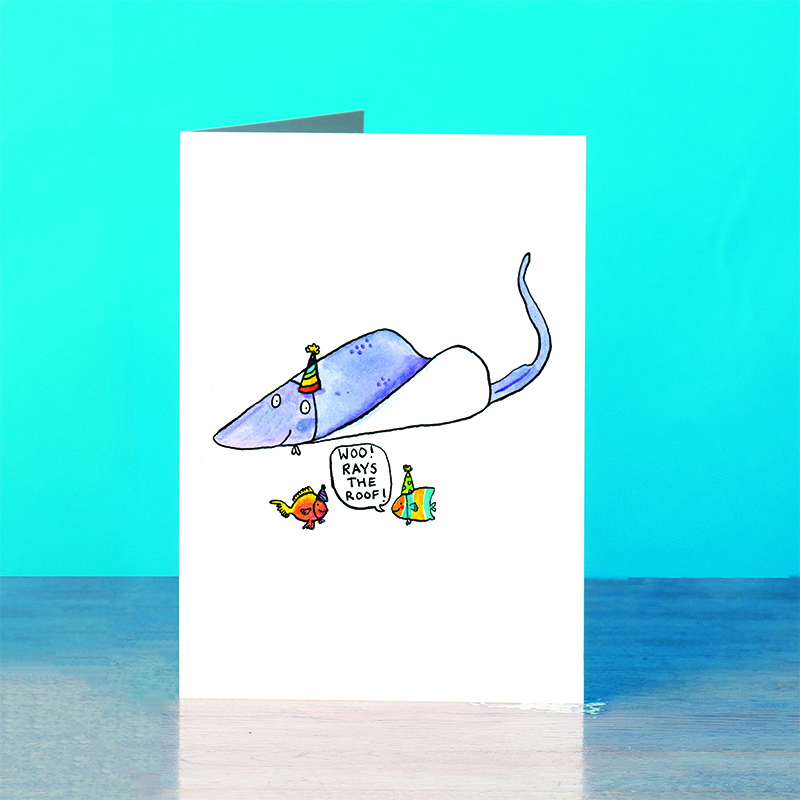 Rays-the-Roof_-Fish-pun-greetings-card_SM32_OT