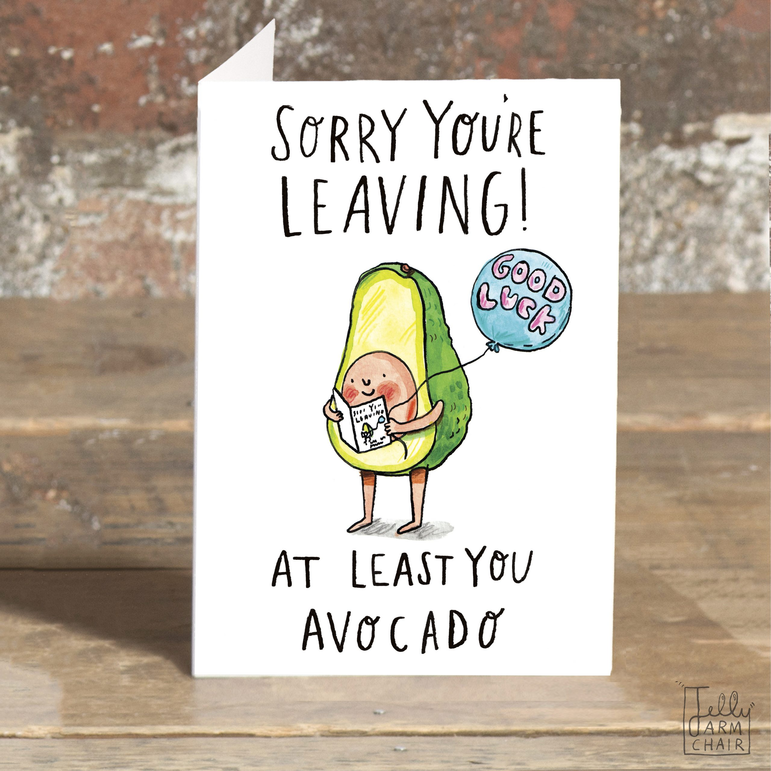 IAT02-Avocado-leaving-standing-scaled